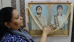 अयोध्या पहुंचकर भावुक हो गईं कोठारी बंधुओं की बहन पूर्णिमा कोठारी