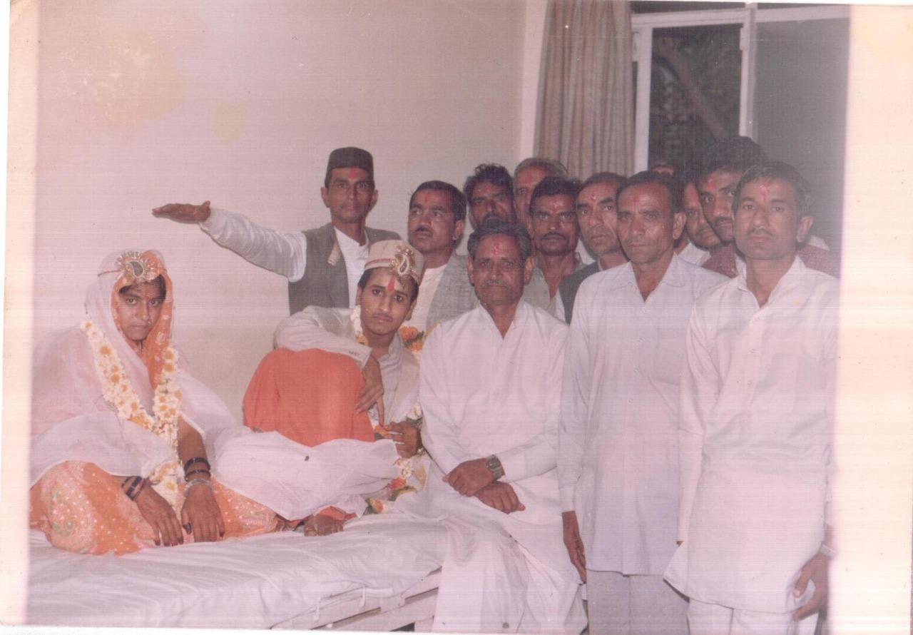 अस्पताल में हुई थी 6 दिसंबर को घायल हुए कारसेवक की शादी