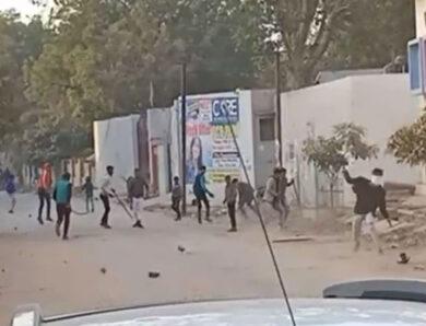 मथुरा में संघ कार्यालय पर पथराव, दो स्वयंसेवक घायल